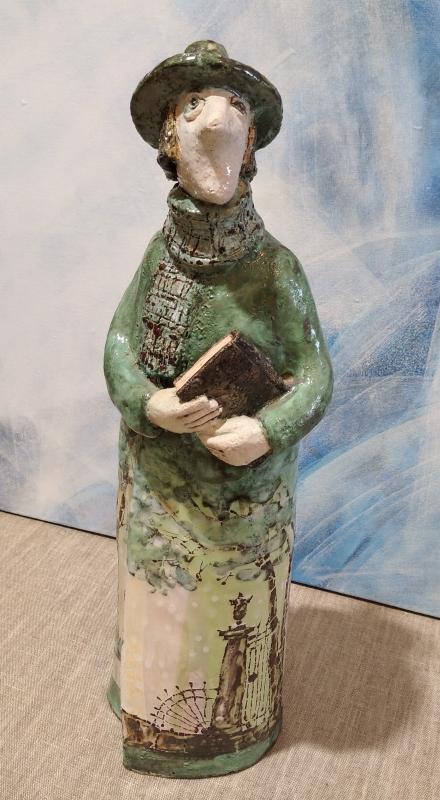 Тематическая керамическая статуэтка