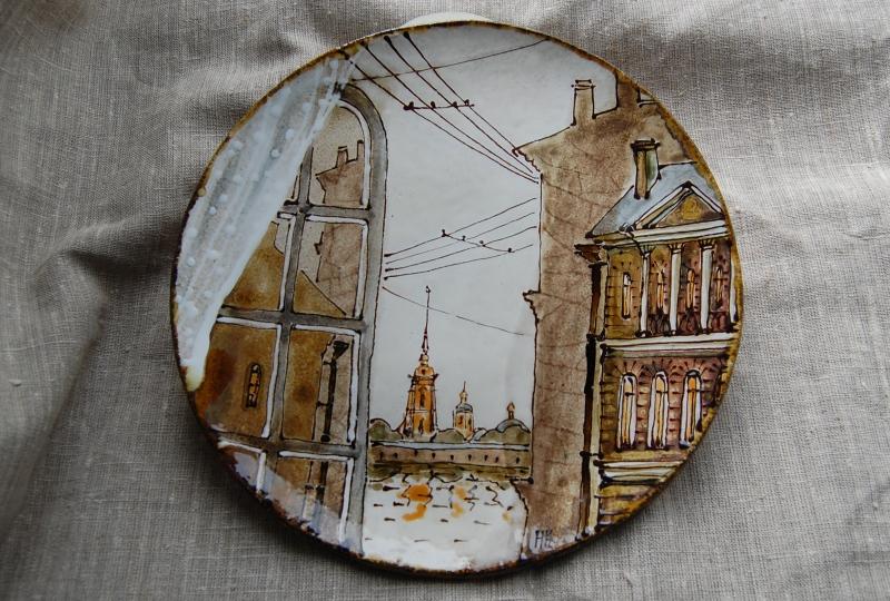 Сувенирная тарелка с достопримечательностями Санкт-Петербурга